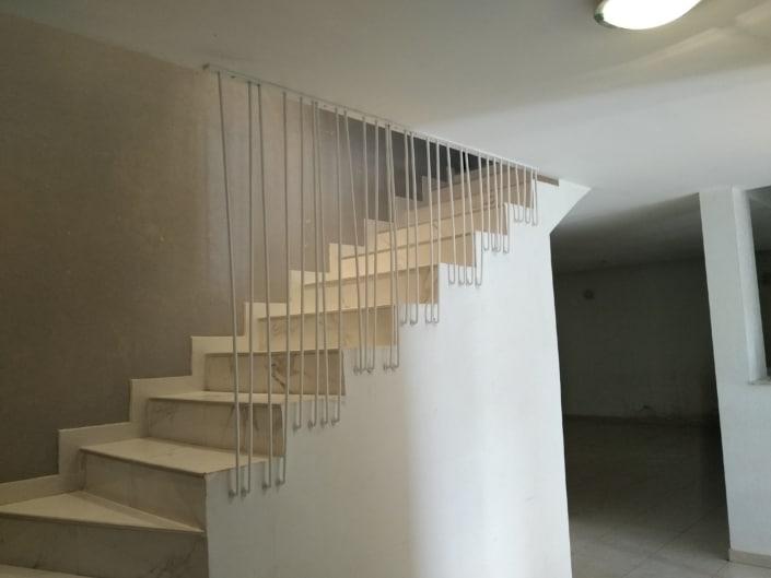 garde-corps en métal original escalier