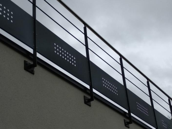garde-corps terrasse en métal thermolaqué