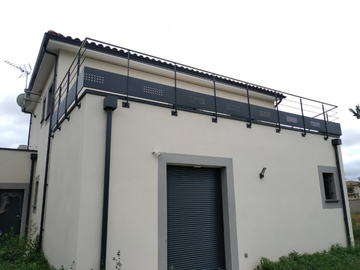 garde-corps avec maison courante en inox terrasse