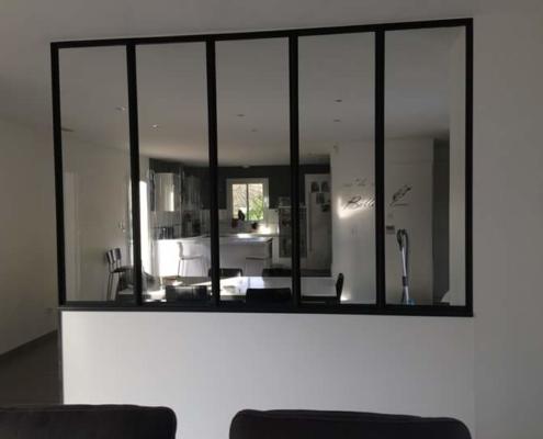 verrière d'intérieur cuisine avec cadre en métal