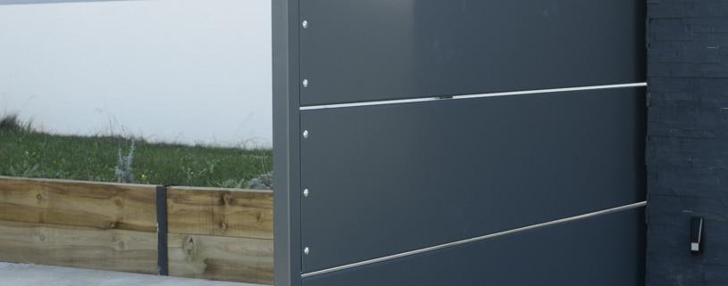 portail coulissant en tôle thermolaqué métal