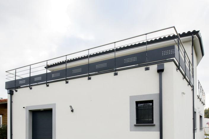 garde-corps pour terrasse en acier