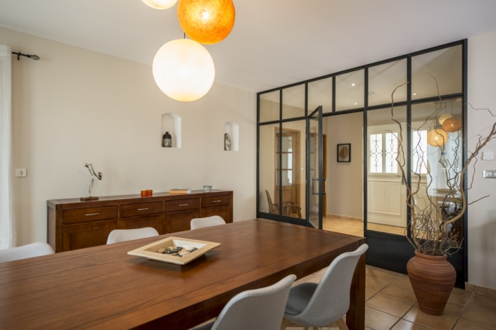 verrière d'intérieur en métal maison et salon