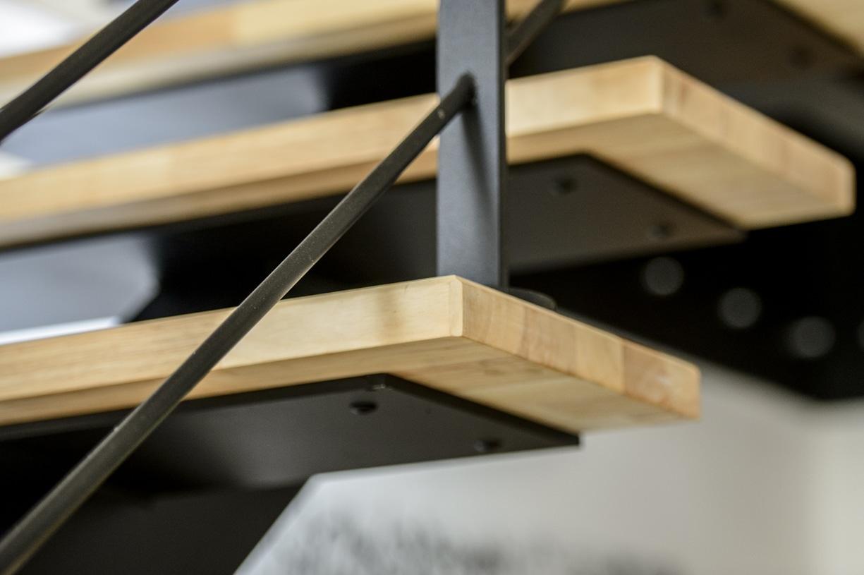 escalier design en metal