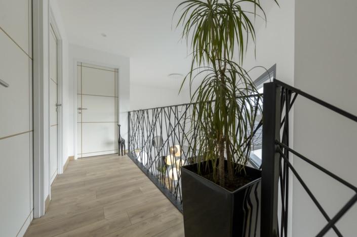 etage avec garde corps en metal design