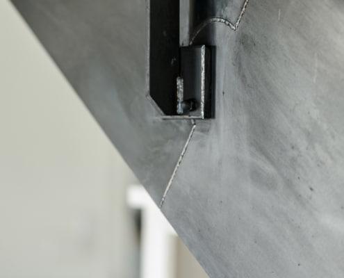 escalier avec limon lateral en fer