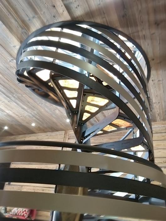 escalier rond en fer