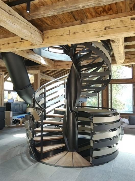 escalier toboggan metal design