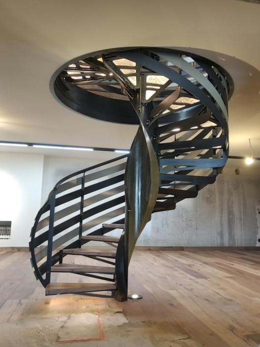 escalier helicoidal metal design