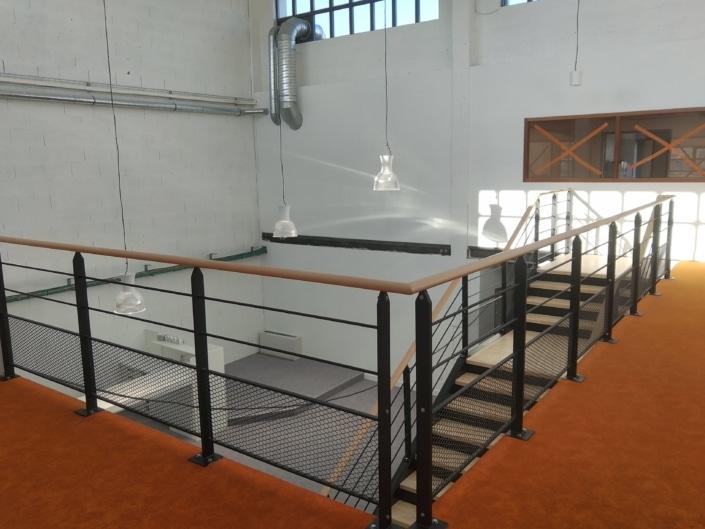 garde corps moderne metal et bois