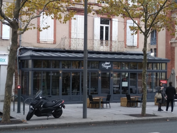 devanture restaurant veranda en metal